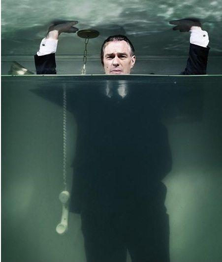 El mes de agosto presenta el problema de los desbordamientos de los océanos. En la foto aparece Marcelo Zlotogwiazda.