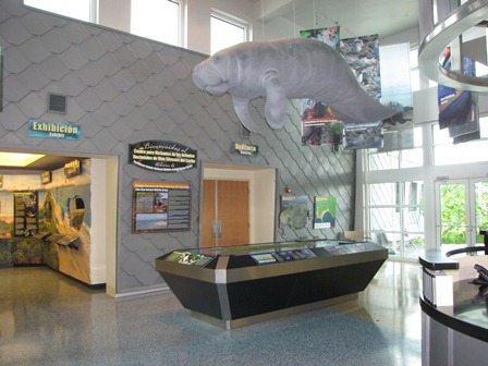 El servicio federal de pesca y vida silvestre inaugura en - Centros unico oficinas centrales ...
