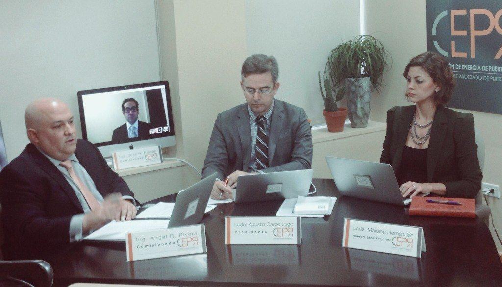 Miembros de la Comisión durante la reunión. (suministrada)