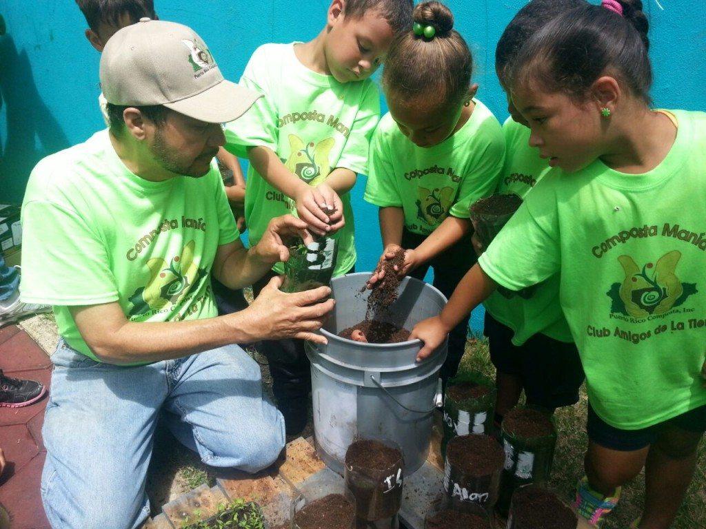 Iniciación del club Amigos de la Tierra en escuela de Vieques. (suministradas)